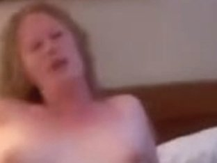 Dilettante mom in hotel