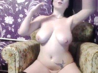 Brunette HomechokXXX in free chat