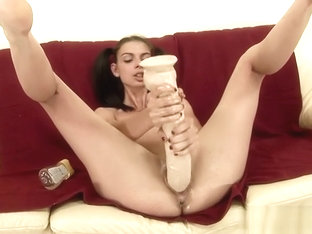 Hot wife sucking balls