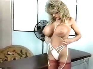 melissa mound boobs tease