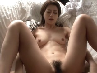Lovely wife, Maki Hojo is experiencing multiple orgasms