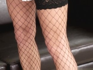 Mea Melone, Blanche Bradburry, Laura Crystal in BONUS-DP The Nanny With Me #04