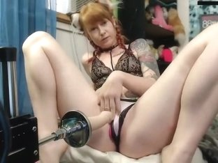 Girl on girl squirting pussy