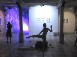 Naked on Stage-015 N12
