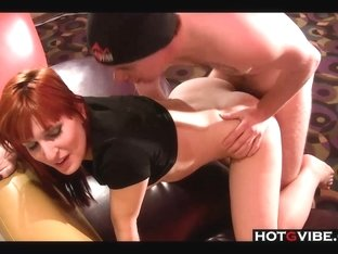 Redhead gets a good fucking in hotel room __