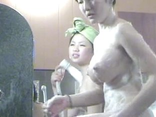 spying on asian with slim body and heavy tits