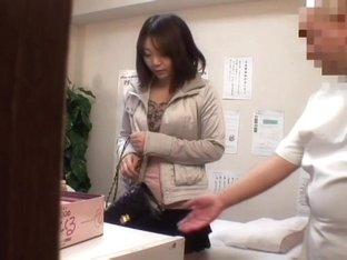 Japan massage voyeur scenes with girl getting pussy fingered