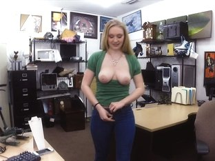 Charming blonde selling an xbox one from her ex boyfriend gets fucked