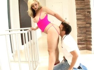 Sarah Vandella giving head