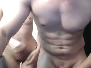 Two sexy amateur bodies bang