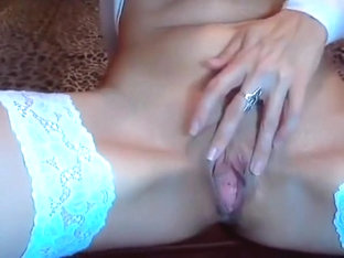 Blondisweet - blonde beauty spreads legs in private show