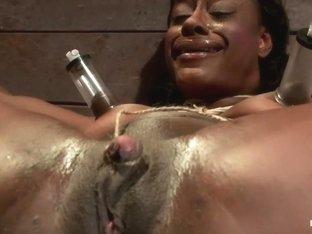 Kelli Provocateur - Ebony Body Builder - Mercilessly Dominated