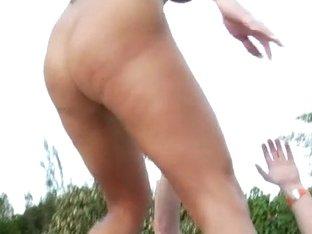 MilfHunter - Bikini queen