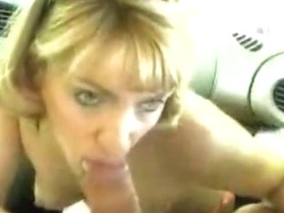Sucking for cumshot in the car