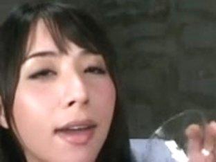 Yuka Osawa enjoys goo on food