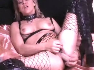Amateur whore indulges in dirty acts