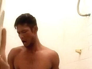 fuck a girl while showering