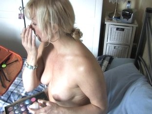 Blonde MILF whore exposed in free down blouse video