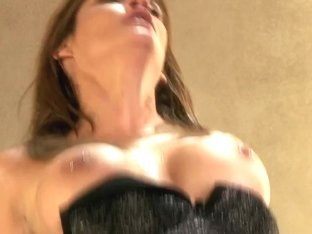 MAMMA Older mother I'd like to fuck shows her experience