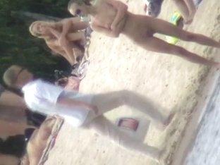 Beach porno video of a white skinny fit nude bitch in sunglasses