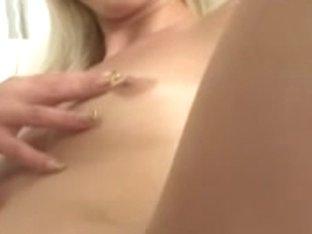 Mia Hilton