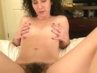 ATKGirlfriends video: virtual trip to Hawaii with Sativa Verte