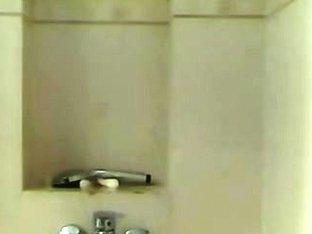 masturbating with the showerhead