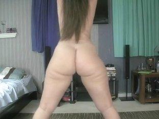 Hot babe in pink thong teasing