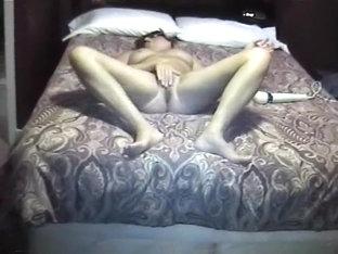 hottest orgasm and best legs on yuvutu