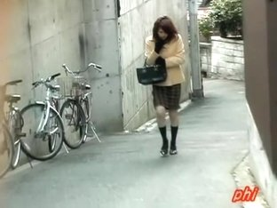 Tantalizing oriental sweetie encounters very wild sharking experience