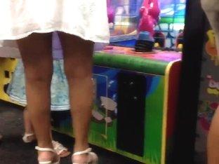 MILF's ass upskirt 1