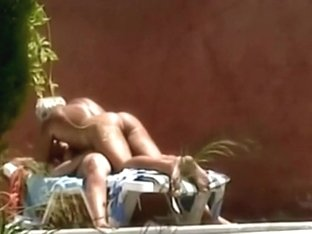 Horny couple fuck is spied by the pool