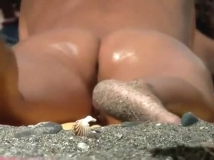 Dirty feet and an incredible wet ass