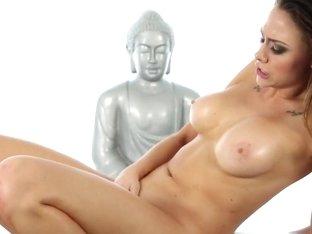 Massage Therapy, Scene 5