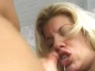 Slutty playgirl can't live without blowing a large hard schlong