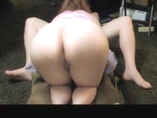Round butt babe sucking a dick