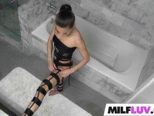 MILF Kalina Ryu Takes A Drilling