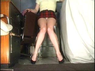 Stupidly short skirt upskirt