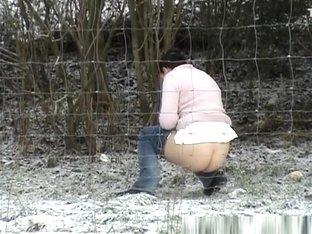 Snowy Pee