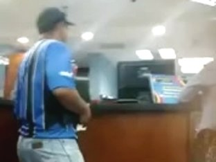 Morena nalgona explotada en Orinokia Mall Nivel Oro