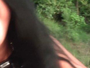 Jocelyn in amateur video shows a hot vixen giving a blowjob