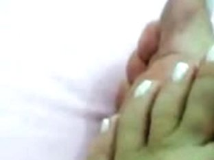 Priceless, and pedicured Latin Babe feet! :D