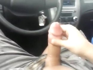 Black streetslut gives a white guy awesome head in his car and swallows