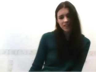 Kendall Jenner webcam solo look-alike masturbation part 1