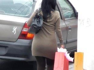 Mature Ass 17  Skirt (Q-lote)