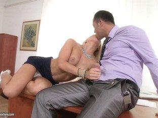 Hottest pornstar in Exotic Babes, Cunnilingus porn video