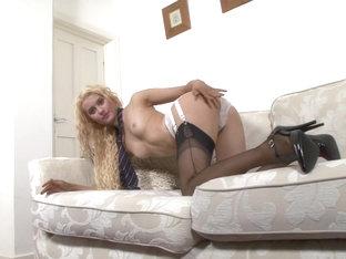 Sexy image of pusy seduce