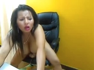 In amateur webcam clip, I fuck my ass with a dildo