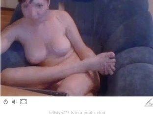 felisiya777 licked her feet