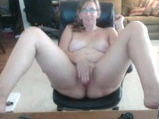 Ugly nerdy fat wife masturbates hard